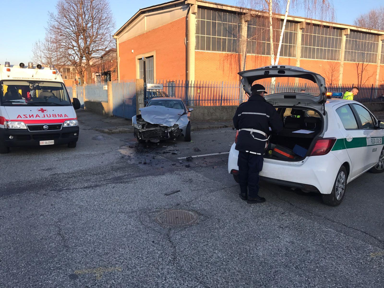 Incidente in via Goito a Nichelino: un ferito