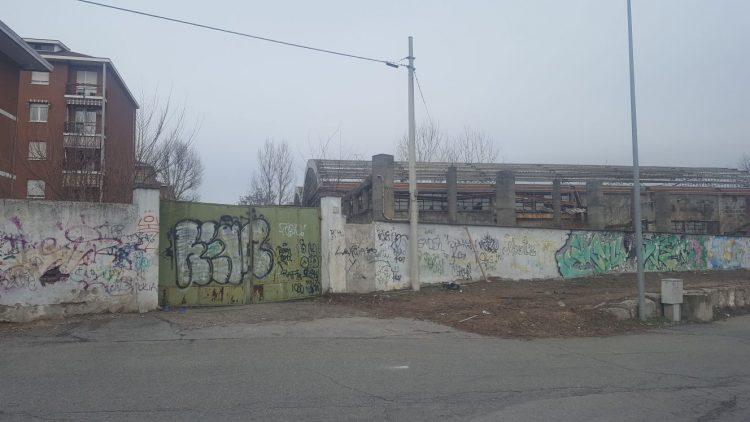 Senza tetto trovata morta in una fabbrica abbandonata a Moncalieri