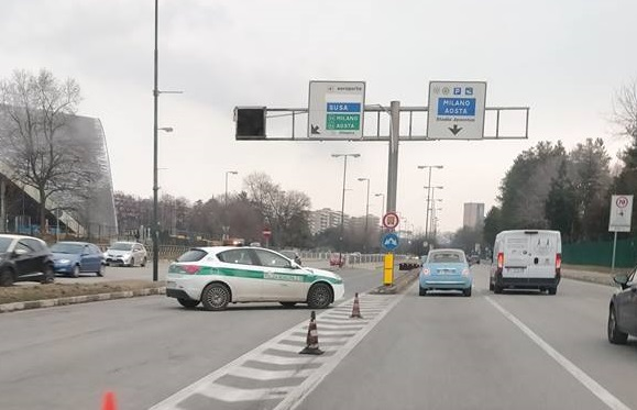 VIABILITA' – Di nuovo chiuso per tre giorni il sottopasso del Lingotto