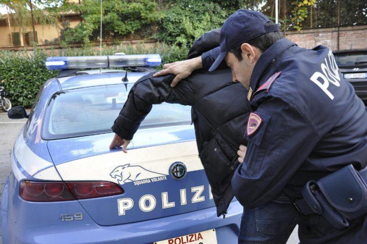 Controlli straordinari della Polizia: tre arresti