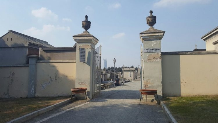 MONCALIERI – Stop ai lavori nei cimiteri per la commemorazione dei defunti