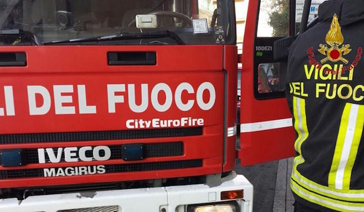 PECETTO – Principio d'incendio in casa, salvati dal cane
