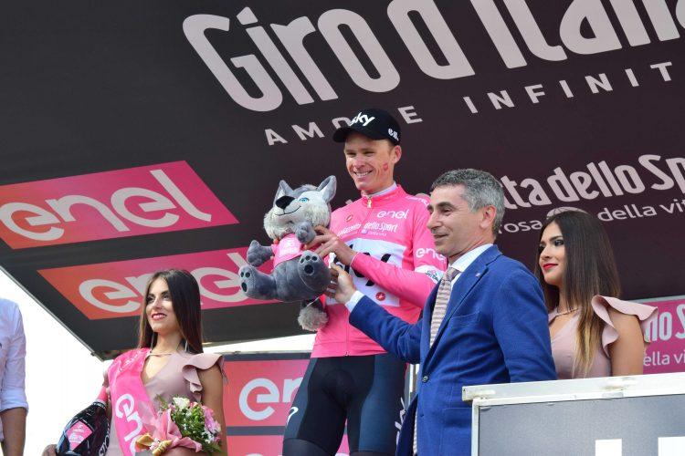 SANTENA – Iniziativa social per il passaggio del Giro