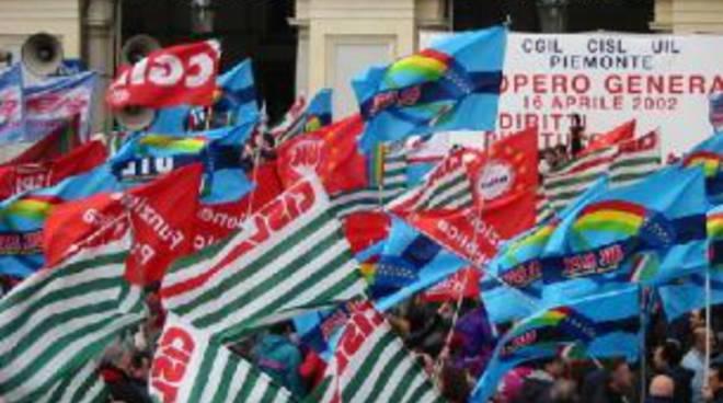 CARMAGNOLA – La condanna dei sindacati dopo l'infortunio sul lavoro