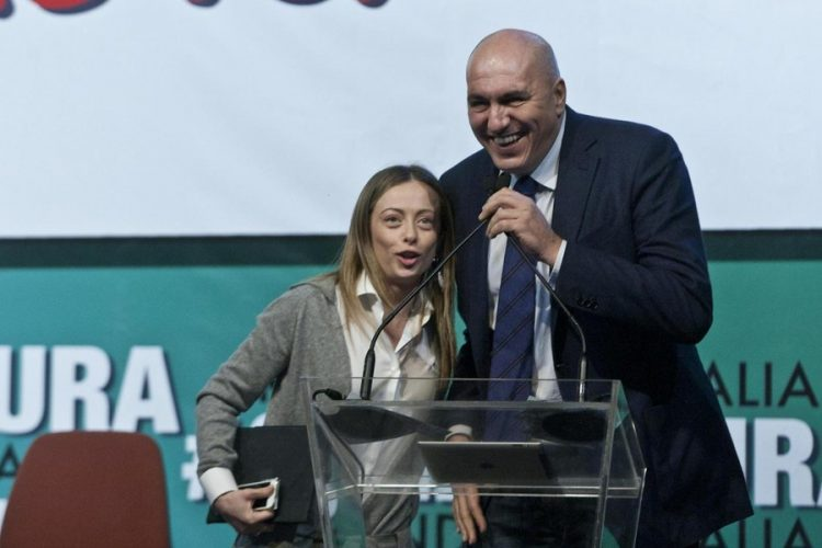 Fratelli d'Italia apre al Lingotto di Torino