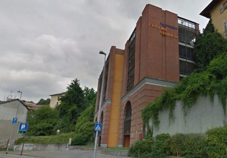 MONCALIERI – Si suicida gettandosi nel vuoto dal tetto del multipiano