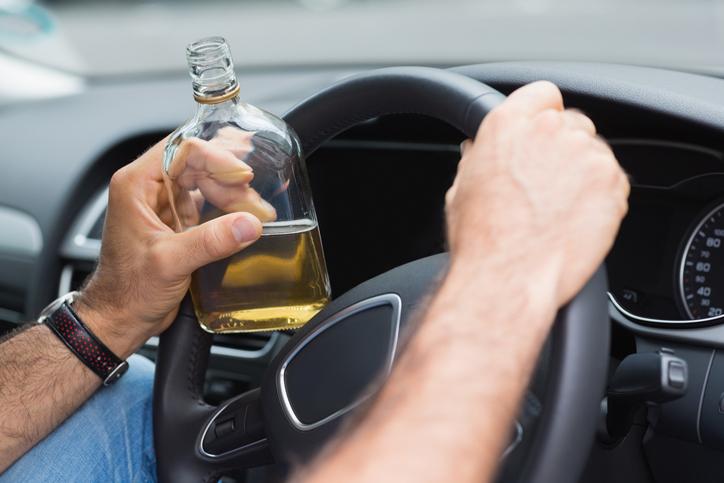 Incidenti: aumenta chi si metta alla guida ubriaco o drogato