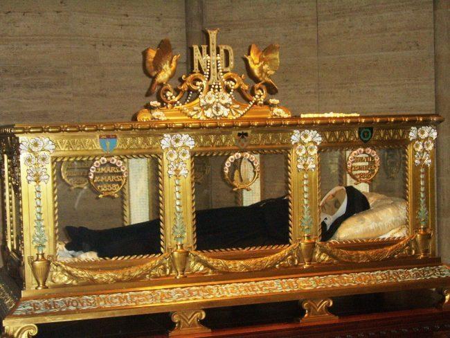 A Torino le reliquie di Bernardette