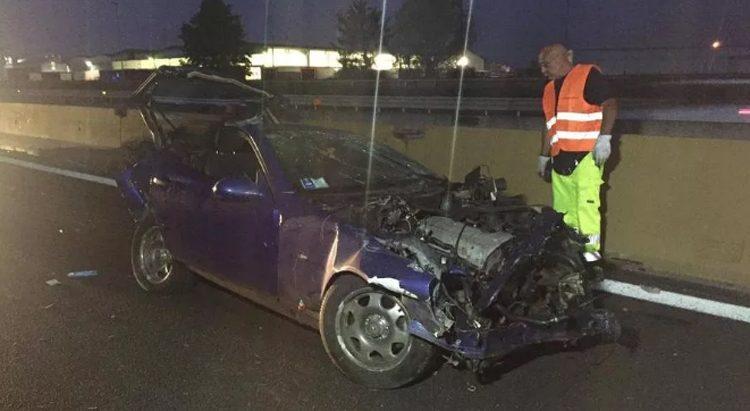 Tragico schianto sull'A4 a Settimo: due vittime