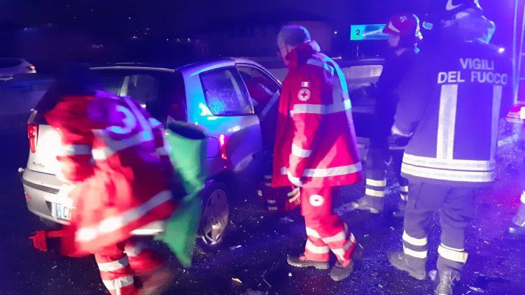 MONCALIERI – Incidente sulla sopraelevata: due feriti