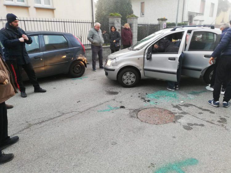 NICHELINO – Incidente in via Petrarca: donna in ospedale
