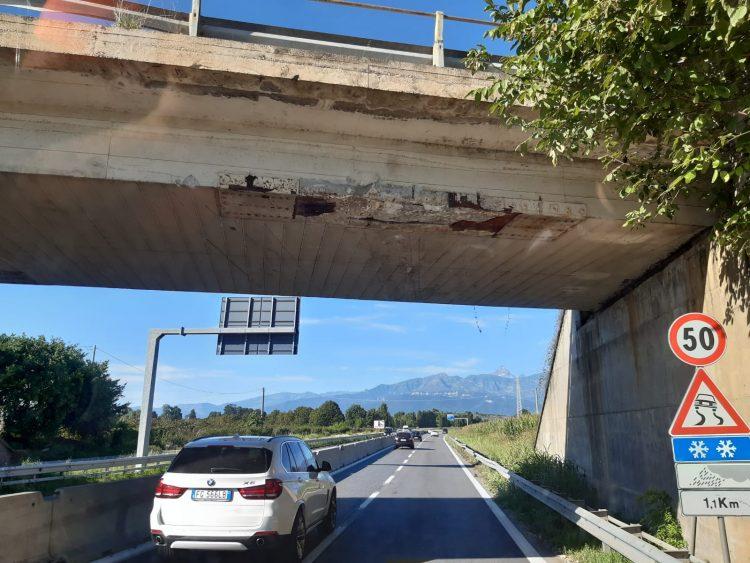 Cavalcavia della Provinciale 23 di Pinerolo: danneggiato, ma sicuro