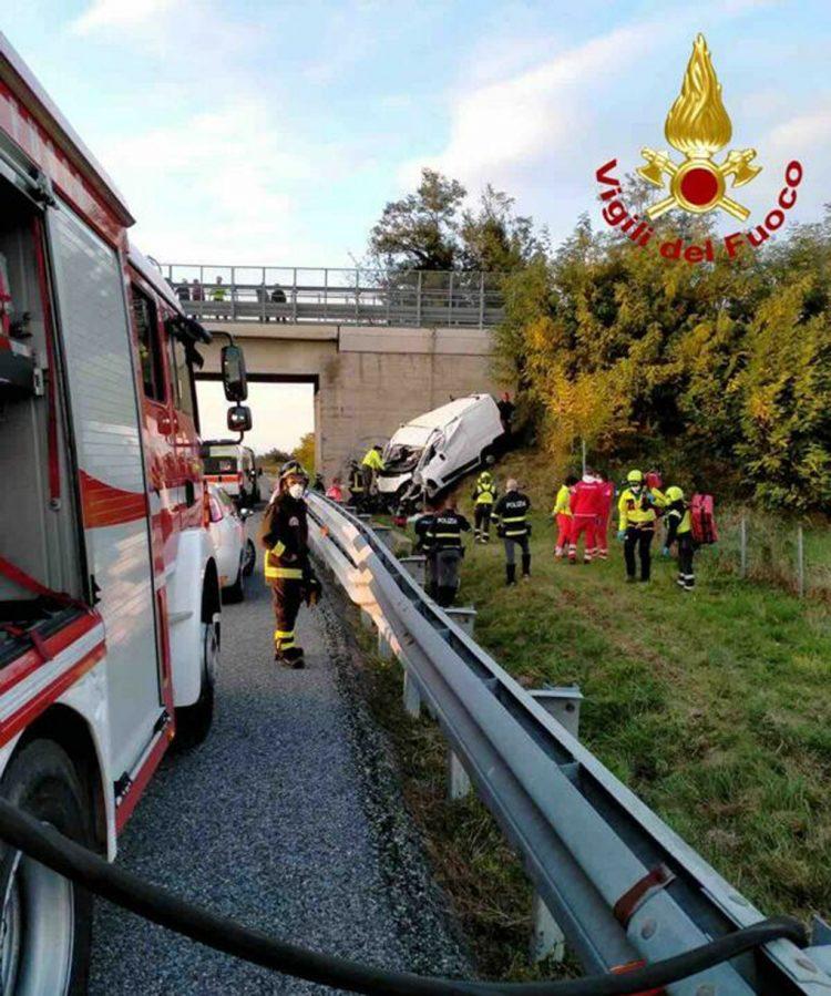 Tragedia sulla Torino-Savona, muoiono due operai di Carignano e Moncalieri