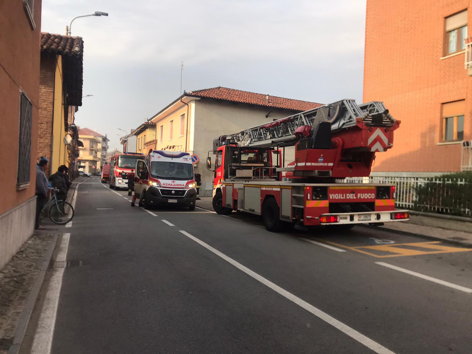 VINOVO – Pensionato intossicato nell'incendio della sua casa