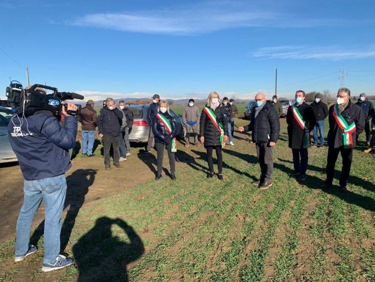 CARMAGNOLA – Incontro tra agricoltori e sindaci per dire no alle scorie