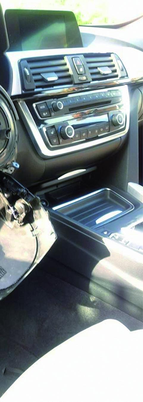 Arrestato topo d'auto specializzato in furti di autoradio