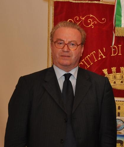 Premio Arte e Cultura al giornalista Gianni Firera