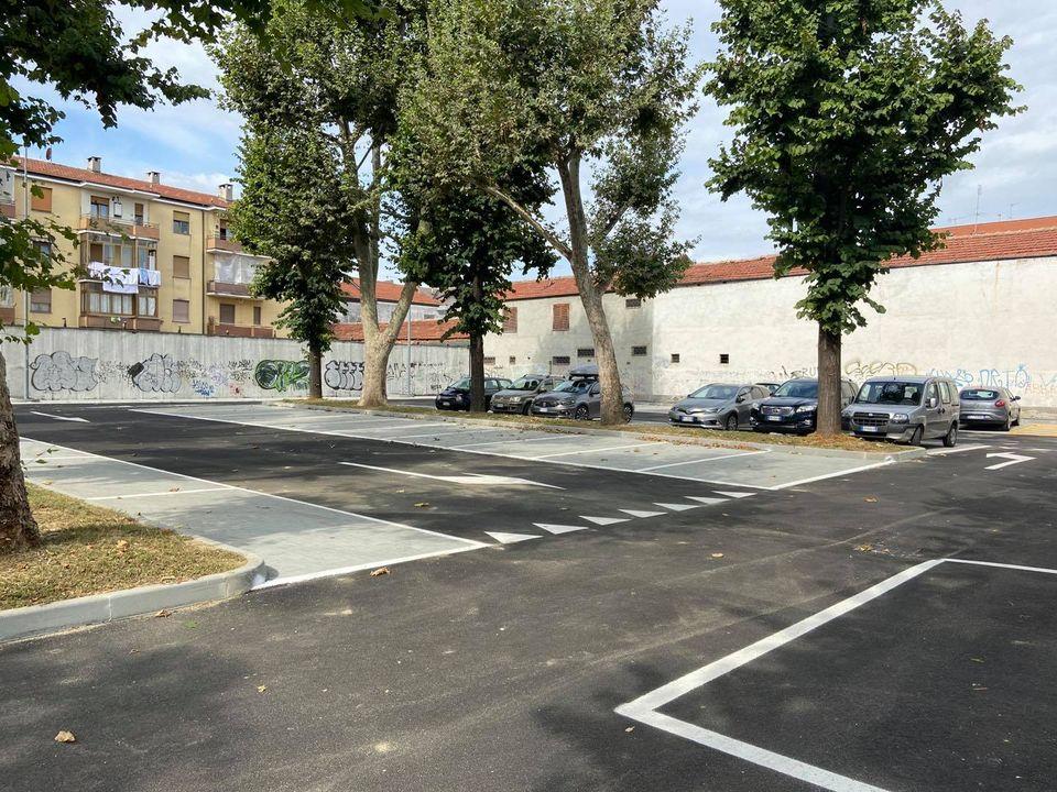 NICHELINO – Terminati i lavori del parcheggio in via Diaz