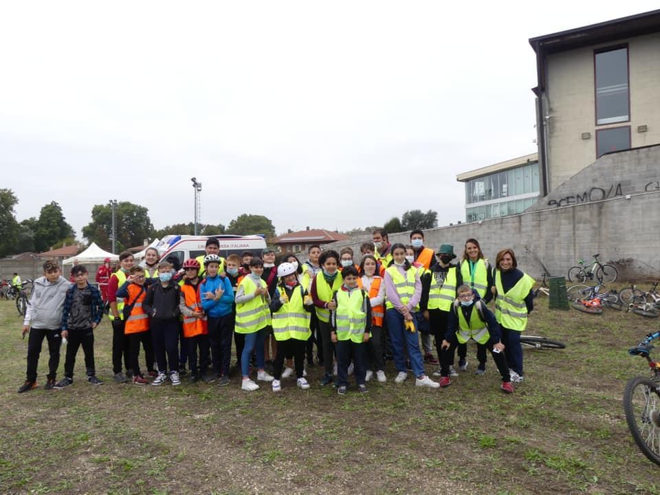 SANTENA – 200 partecipanti alla giornata ecologica in città