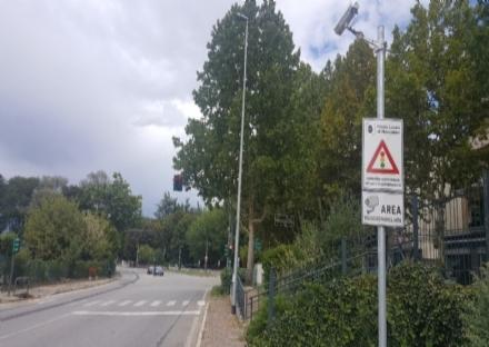 Semafori T-Red pronti a multare