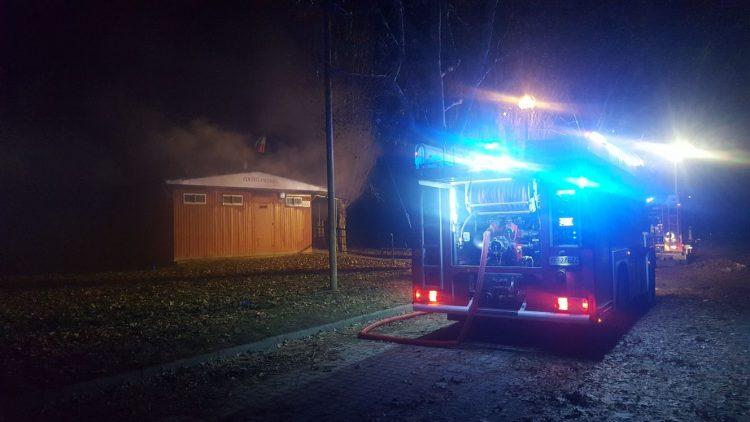 MONCALIERI – A fuoco l'ex centro anziani di Lungo Po Abellonio
