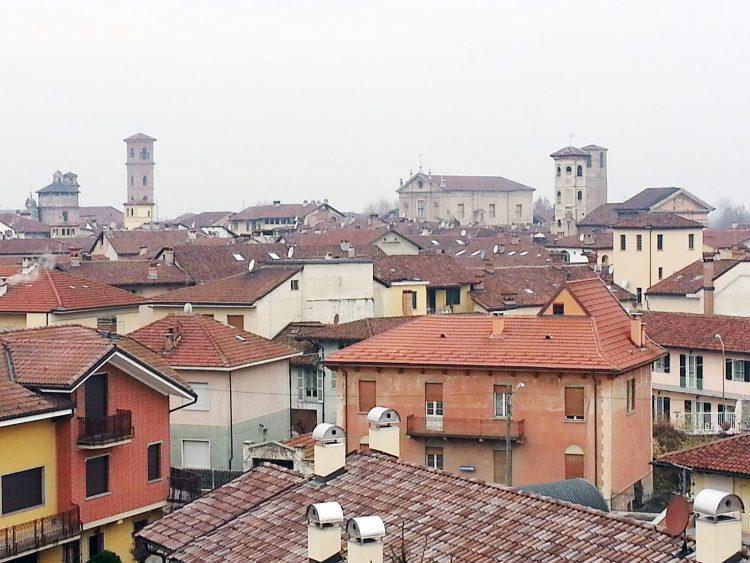 A Carmagnola serve un tetto per chi non ce l'ha. Il Comune chiede una mano ai cittadini