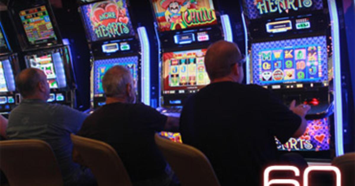 CARMAGNOLA – Minorenni giocano alle slot: multati quattro locali