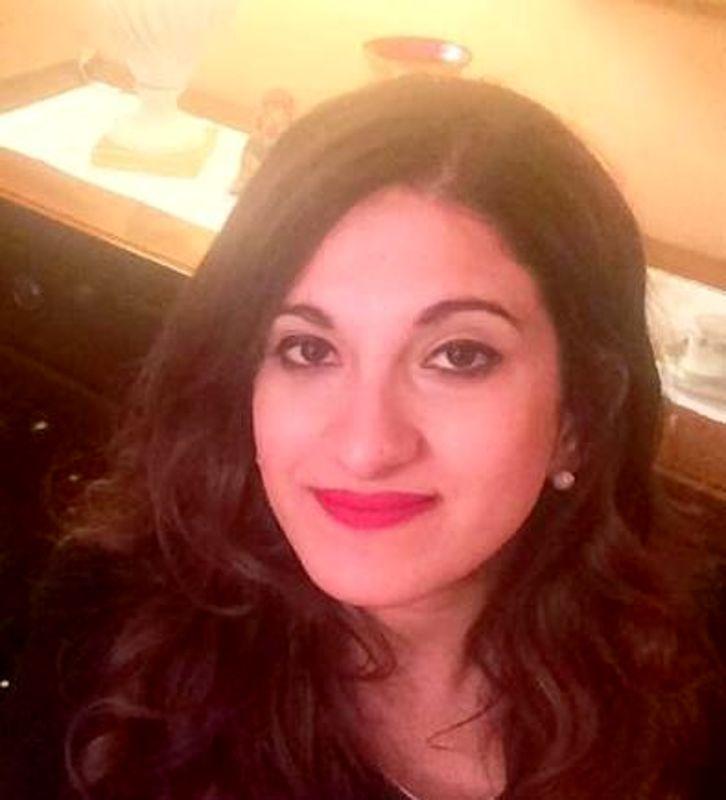 LA LOGGIA – Una targa in memoria di Valentina Tarallo
