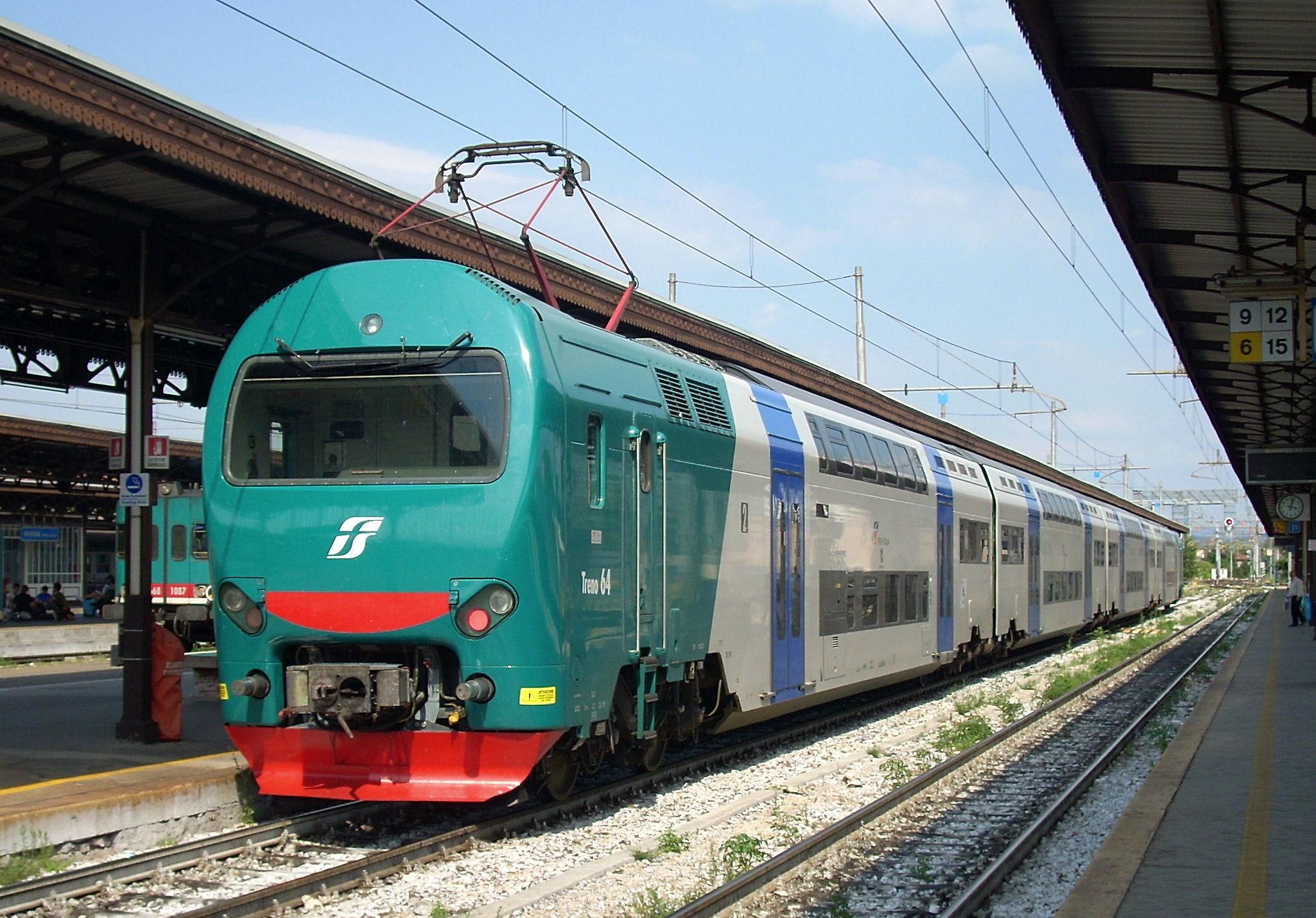 TROFARELLO – locomotore in panne manda in tilt la linea Torino Genova