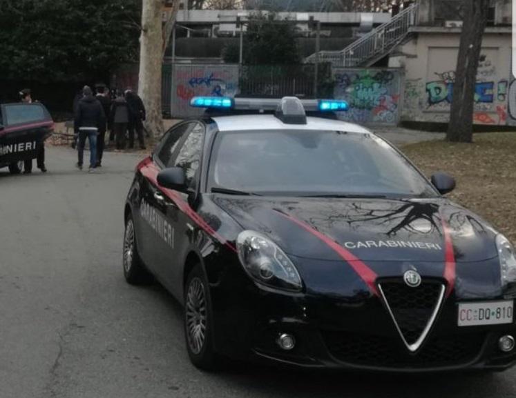 Blitz dei carabinieri al parco del Valentino, a Torino