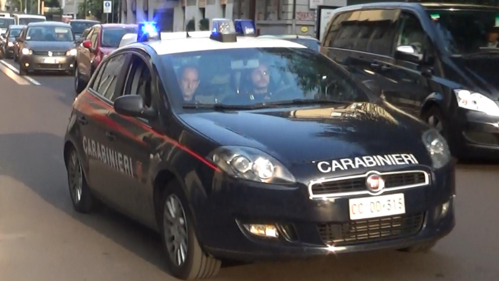MONCALIERI – Si chiude in cantina per la paura dei ladri e loro scappano