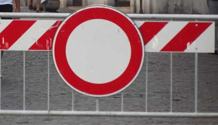 VINOVO – In via Padre Alberti divieto di accesso ai pedoni