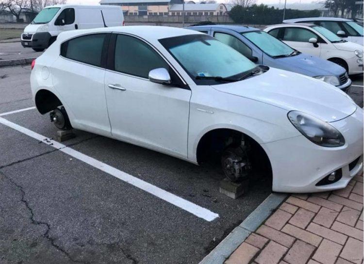 Ancora furti di ruote a Nichelino