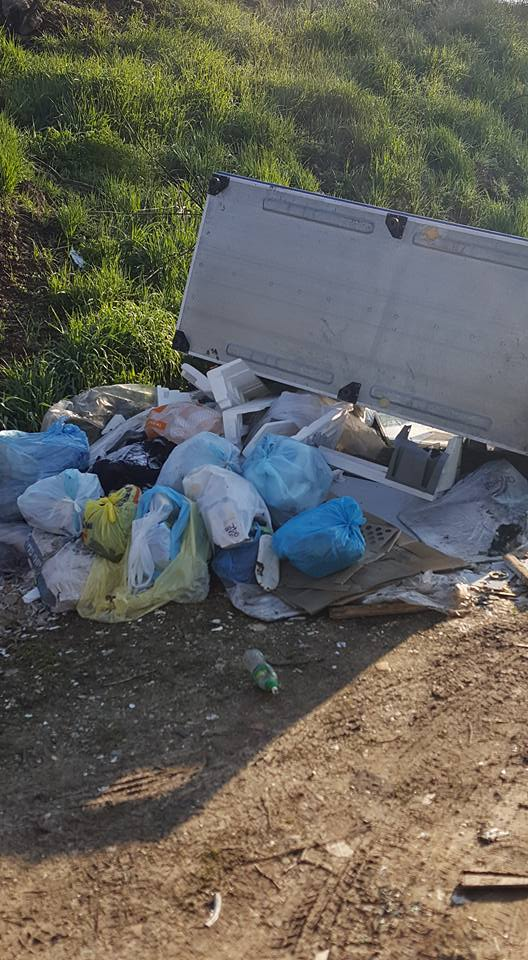 TROFARELLO – Ancora abbandoni di rifiuti nelle zone periferiche