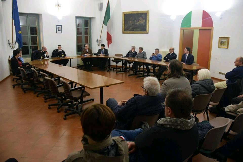 VILLASTELLONE – Serata sulla sicurezza con la presenza dei carabinieri