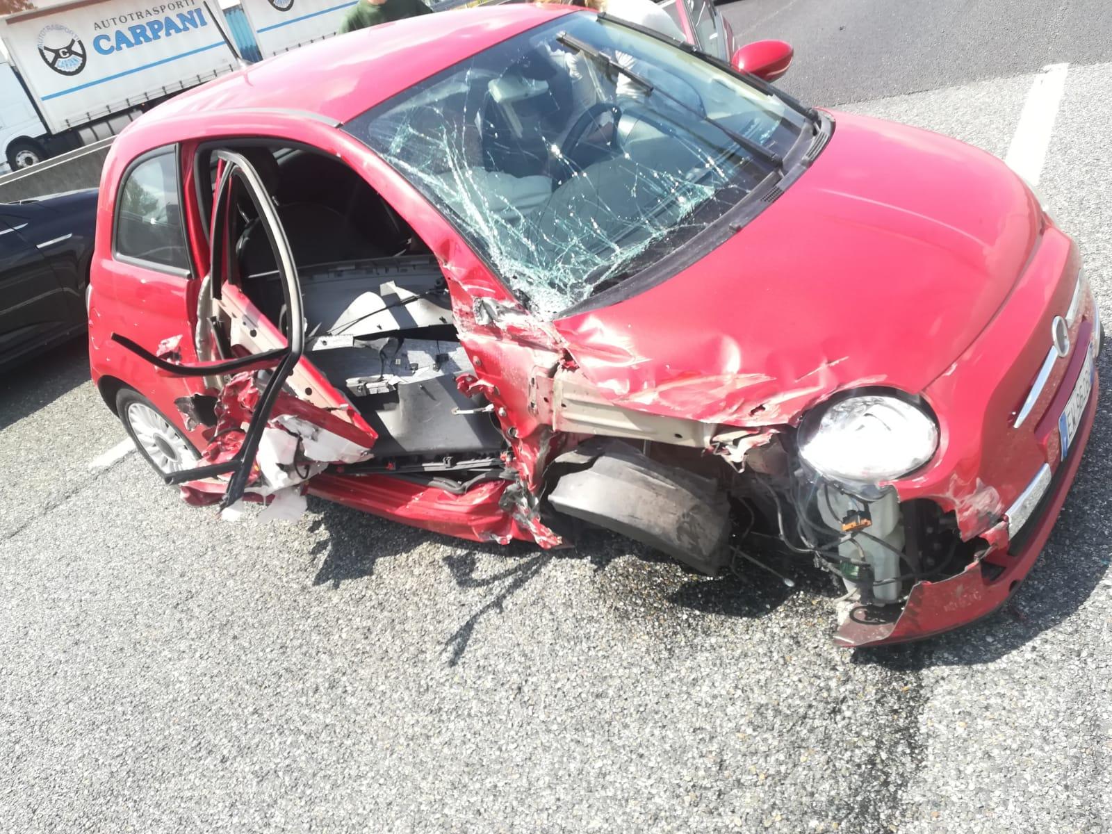 LA LOGGIA – Incidente in tangenziale: 65 enne di Torino in ospedale