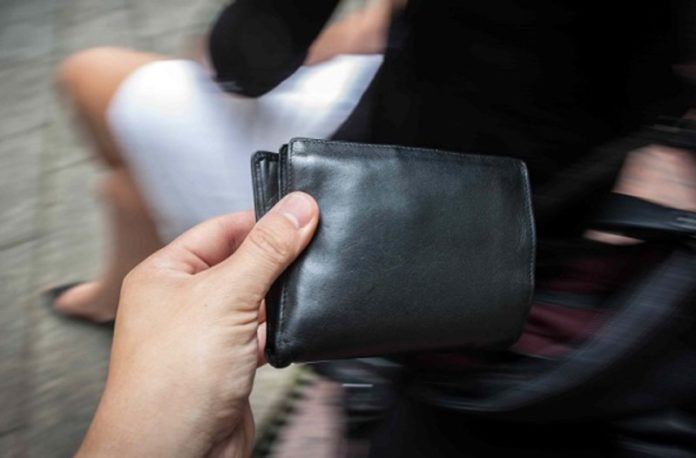CRONACA – Borseggiatori arrestati sul bus, allarme anche nel moncalierese