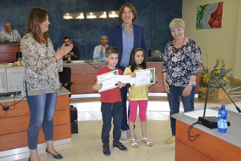 NICHELINO – Due bambini della Rodari premiati per il secondo posto al concorso letterario