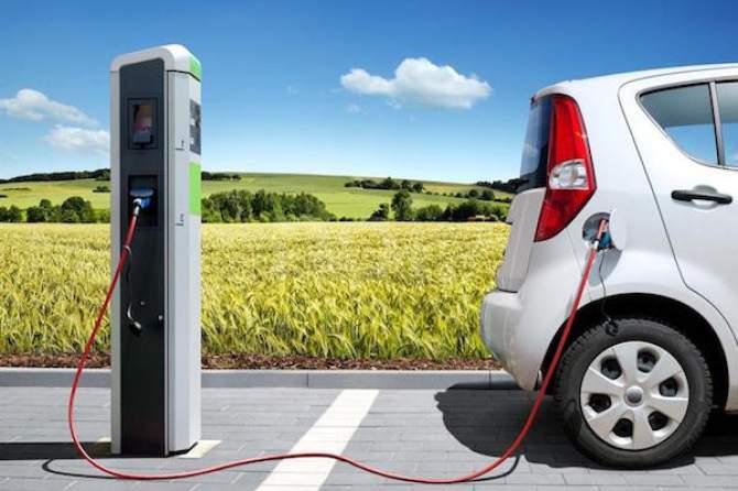 Cambiano: in arrivo le colonnine per le auto elettriche