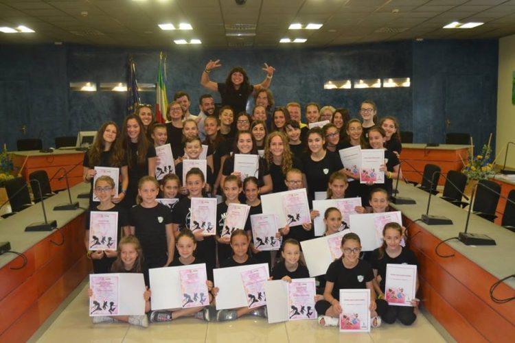 NICHELINO – Il Comune premia Aurora Nobile e le ragazze di Akuadro