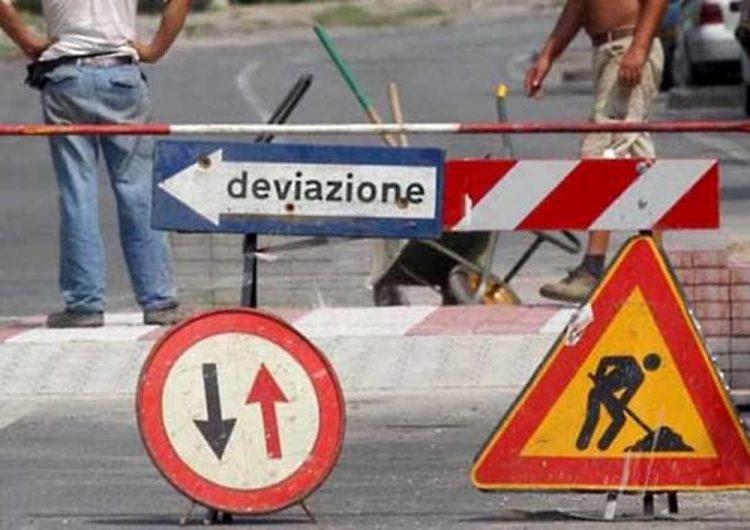 SANTENA – Lavori in corso, chiuso un tratto di via Cavour