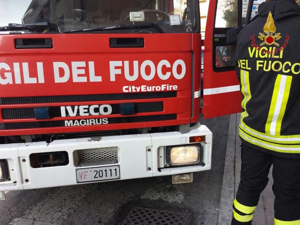 VINOVO – Cassonetti in fiamme