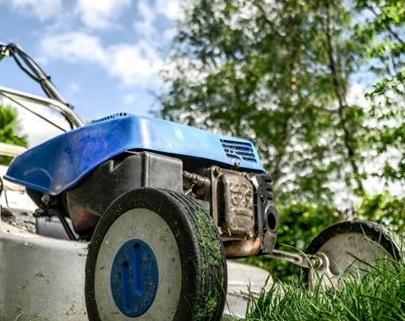 SANTENA – Via ai cantieri lavoro per la manutenzione del verde