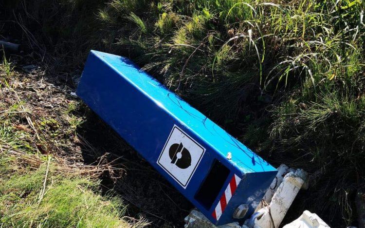 CARMAGNOLA – Demolito il box blu per l'autovelox in via Carignano