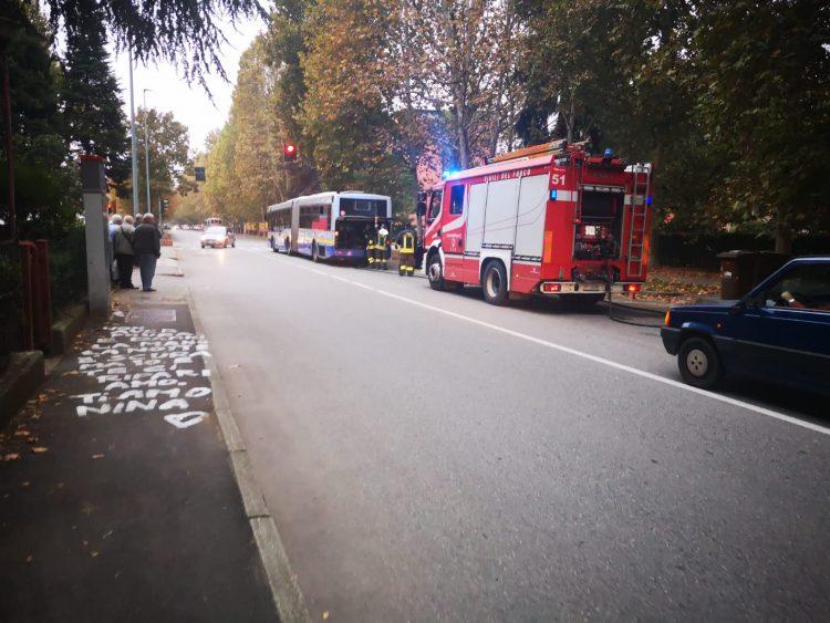 NICHELINO – Altro allarme sull'autobus 35 per un principio di incendio