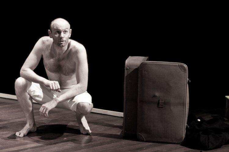 """MONCALIERI – Al teatro Dravelli spettacolo """"Grand Hotel Serenase"""""""