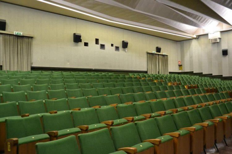 VINOVO – Spettacolo di Paolo Migone al cinema auditorium