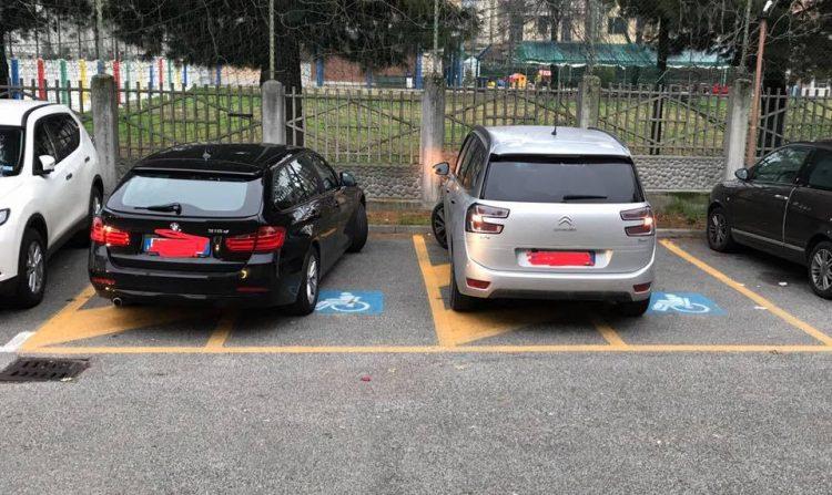 TROFARELLO – Proteste per l'occupazione dei parcheggi disabili