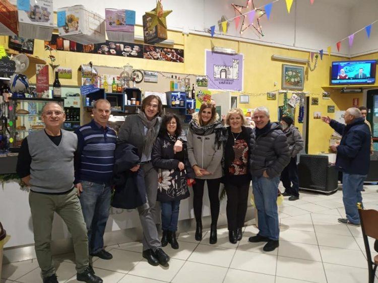 NICHELINO – L'amministrazione porta gli auguri nei quartieri