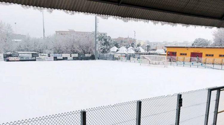 La neve ferma il calcio. Nel week-end sospesa tutta l'attività della Figc Regionale